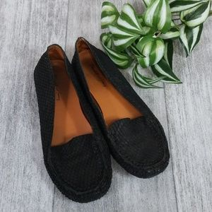 Elizabeth and James black snakeskin loafer flats